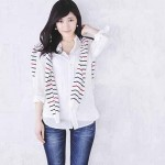 """渡辺麻友、約2年ぶりソロシングル発売!「ファッションBOOK」盤には50着以上の""""おしゃれまゆゆ""""を凝縮!"""