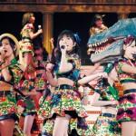 「HKT48全国ツアー~全国統一終わっとらんけん~ FINAL in 横浜アリーナ」の豪華ブックレット写真初公開!