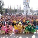 たこやきレインボー、リリース記念イベント初日に2500名を集め『ナナイロダンス』初披露!